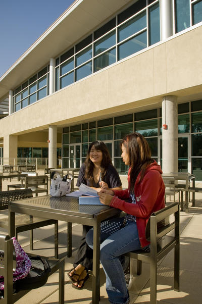 The Student Commons has eating areas inside and out. Photo by Walter Urie