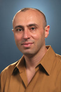 Sakhrat Khizroev, team leader