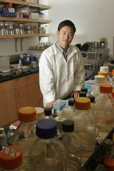 Jian-Kang Zhu is a professor of plant cell biology at UC Riverside.  Photo credit: UCR Strategic Communications.