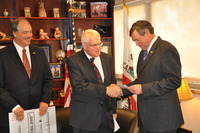 L to R: UCR School of Medicine Dean Richard Olds, Riverside County Supervisor Bob Buster, and UCR Chancellor Timothy P. White.  Photo credit: UCR Strategic Communications. (More photos below.)