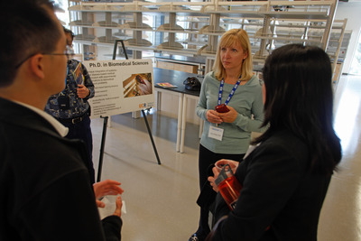 UCR Associate Professor of Biomedical Sciences Iryna Ethell was among the faculty members who visited with guests.