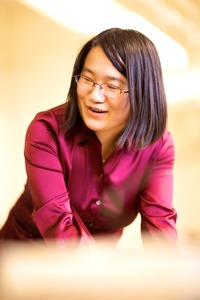 Jeanie Lau is an associate professor of physics and astronomy at UC Riverside.  Photo credit: L. Duka.  (Another photo below.)