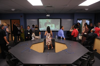 Visitors tour the Neil A. Campbell Science Learning Laboratory at UC Riverside.  Photo credit: UCR Strategic Communications.